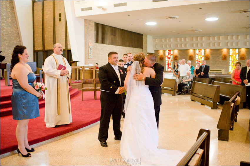 east-lansing-and-dewitt-michigan-wedding-photos 017