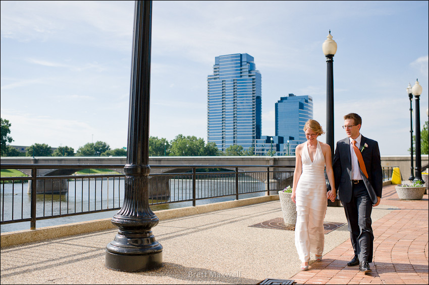 wedding grand rapids river walk